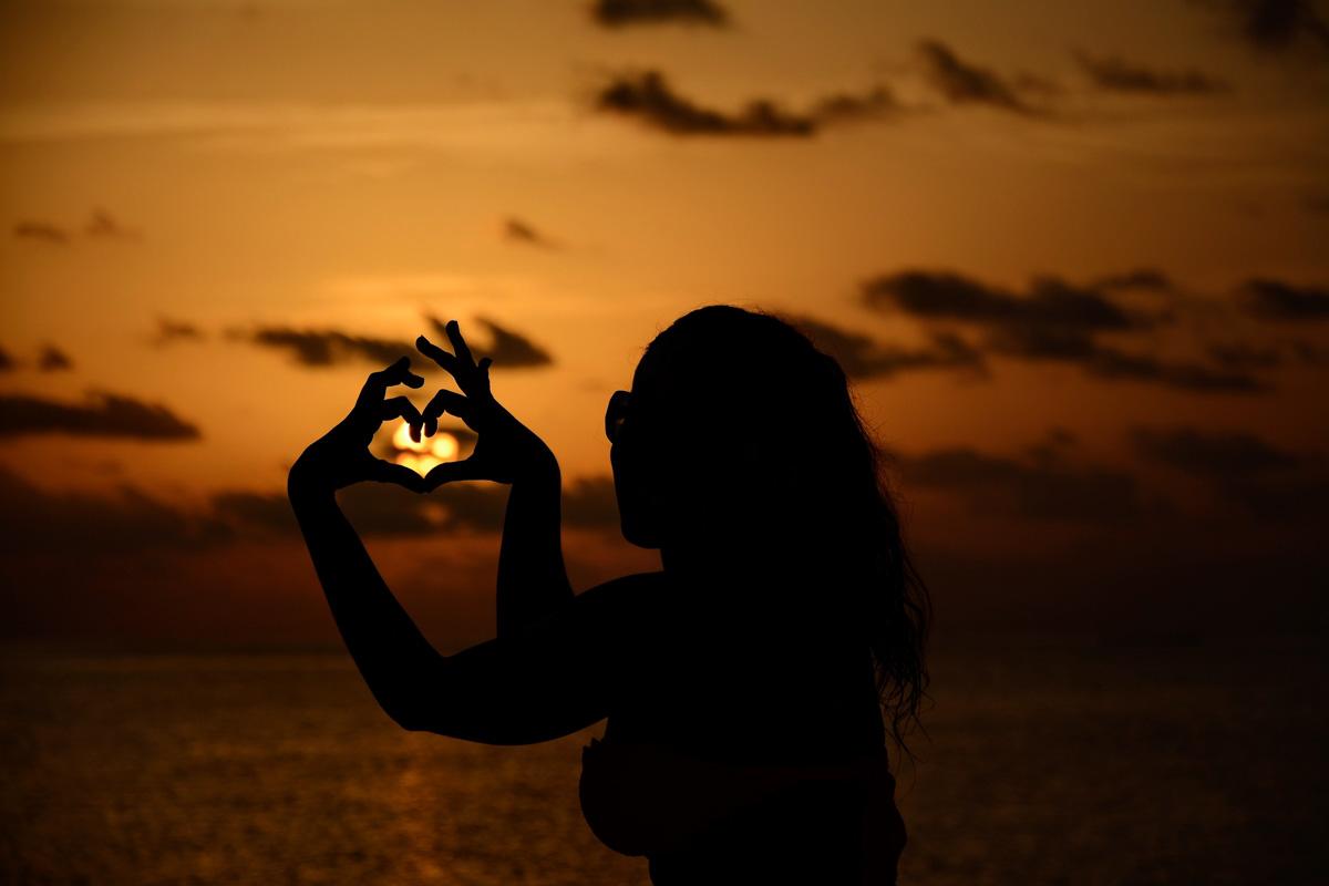 Maldive Maayafushi Tramonto cuore