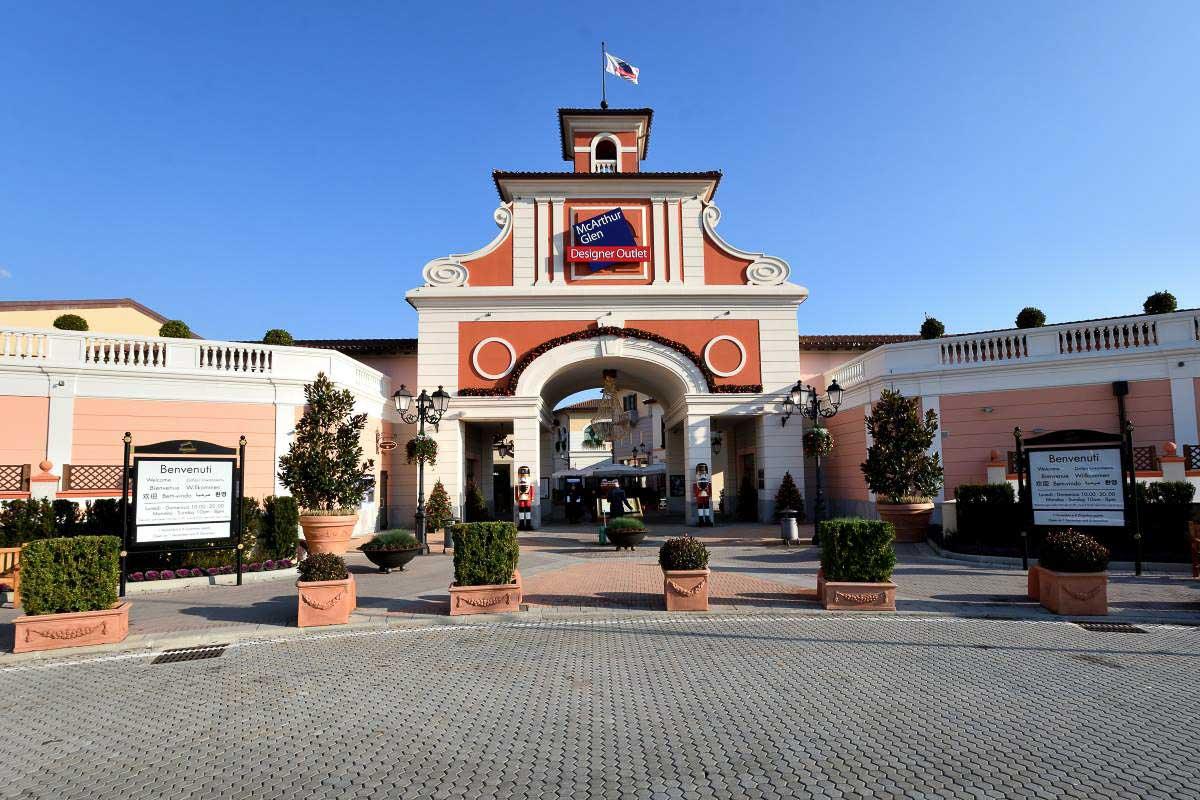 Serravalle Designer Outlet il paradiso dello shopping