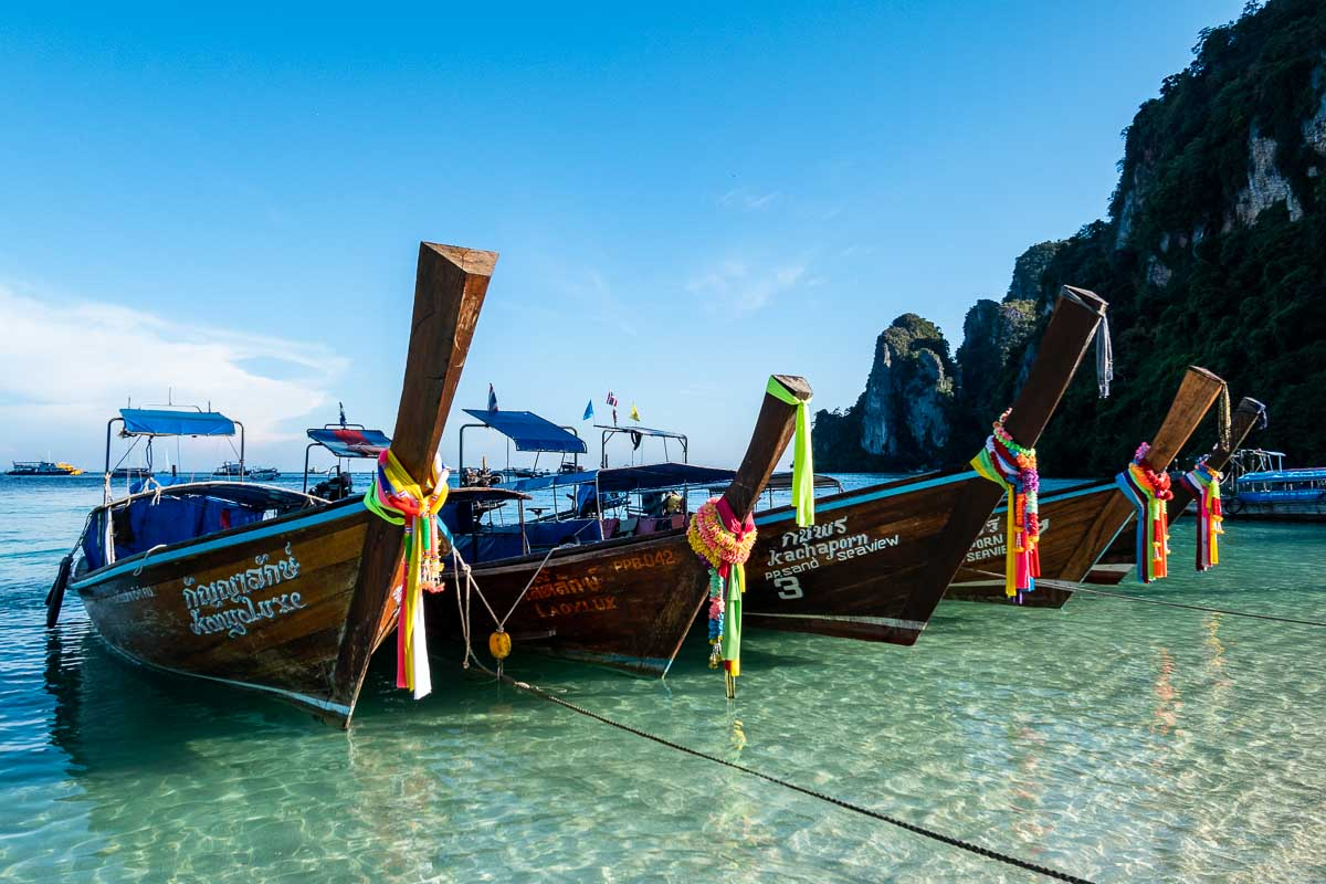 Phuket escursione Phi Phi barche